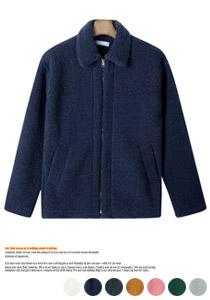 포근한 착용감을 자랑하는 양털자켓